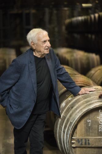 Frank Gehry a Cognac dans les chais